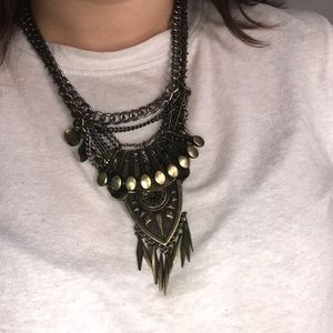 URBAN OUTFITTERS boho bib necklace
